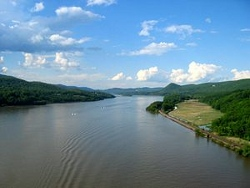 Hudson River above Bear Mountain Bridge